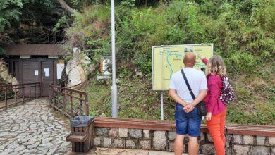 Photo of Broj turista manji za 52,5 odsto: Raste broj onih koji letuju u Srbiji