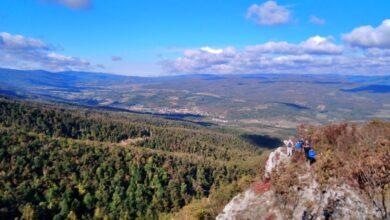 Photo of Novi krst na VRHU ŠILJAK: Planinari osvojili Rtanj i zamislili po želju (FOTO)