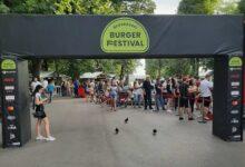 Photo of ŠIRIO SE MIRIS KALEMEGDANOM: U Beogradu održan prvi Burger festival